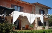 C222, Stone-terraced house on the Trasimeno's hills